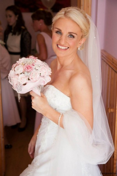 Bridal Bouquet, Bride with Pink heirloom bouquet