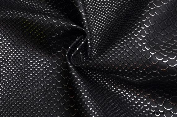 SnakeSkinBlack LC